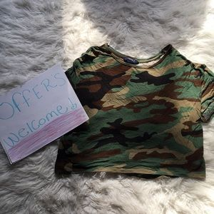 Forever 21 Tops - Forever 21 camo crop top!